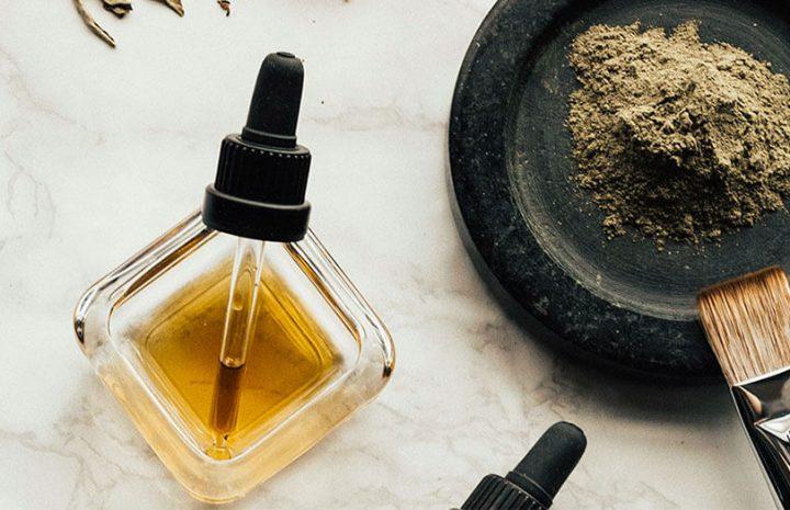Natural Ways To Maintain Beautiful, Youthful Skin